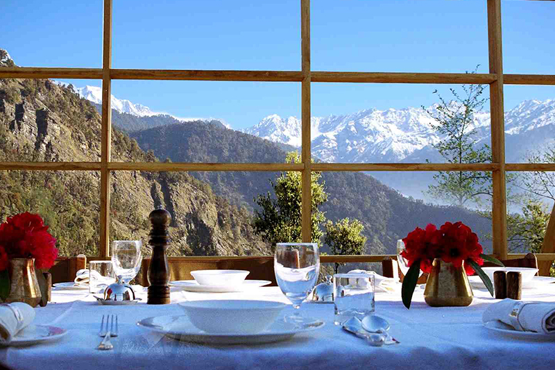 Dining at Shakti 360 Leti